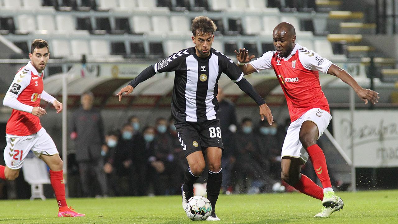 Sp. Braga vence Nacional e sobe ao segundo lugar