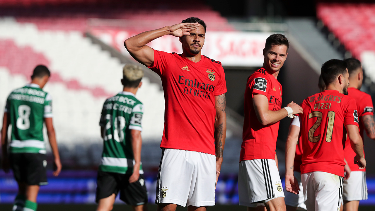 Benfica vence dérbi emocionante